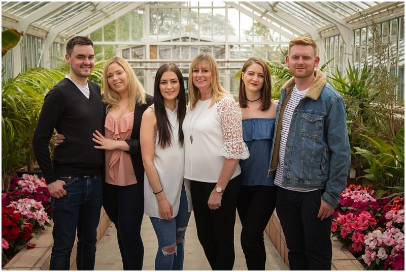 mothers day gift ideas glasgow family photoshoot