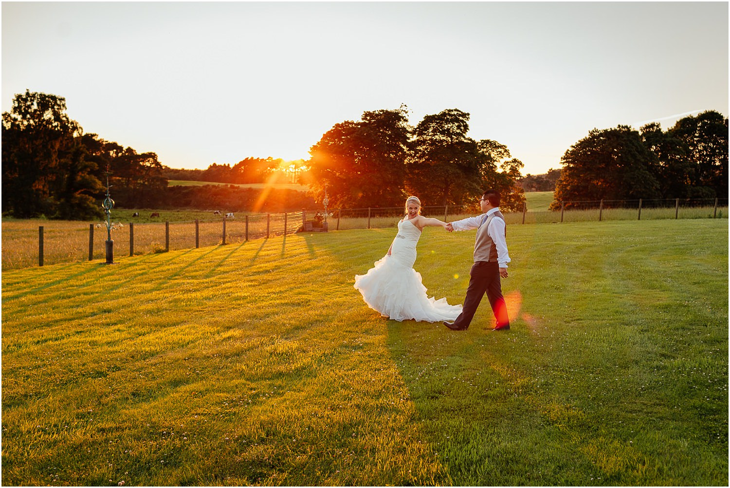 Cornhill Castle Wedding Sunset Happy Laughing Bride Groom Photo Chinese Scottish Wedding