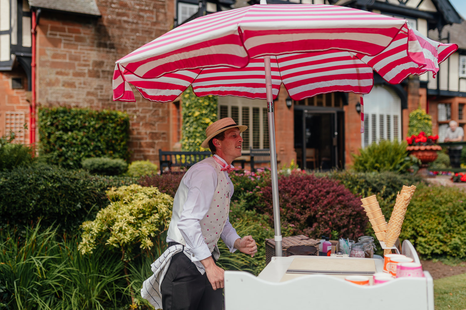 Ayrshire Wedding Piersland House Troon Outdoor Ice Cream Cart Truck