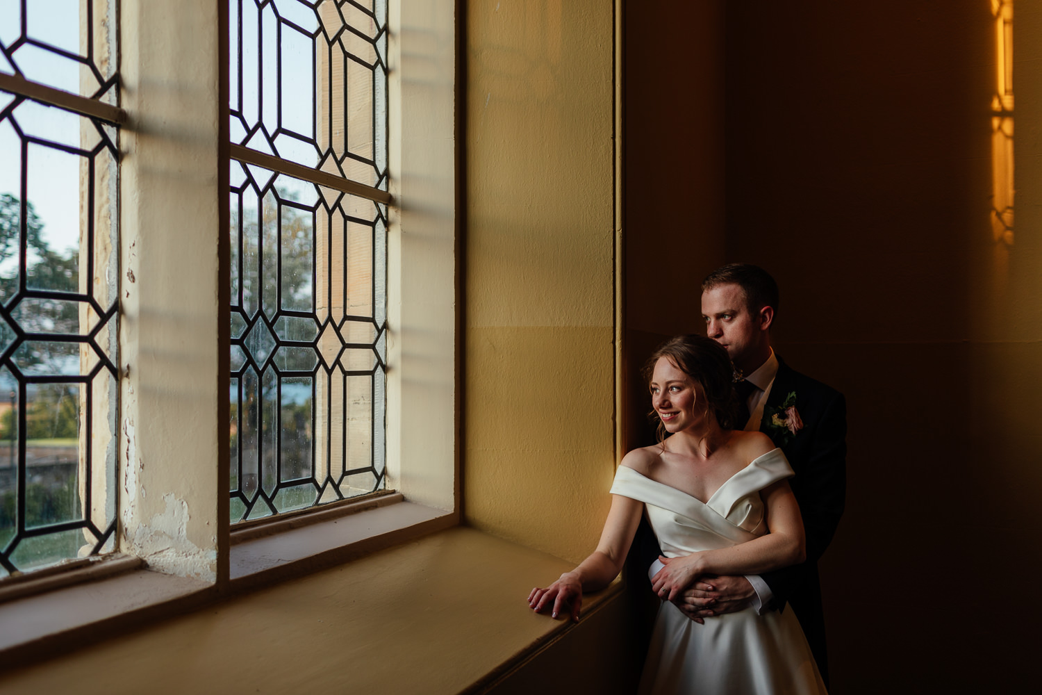 St Andrews Wedding St Salvators Hall Bride Groom Portraits Golden Hour Sunset