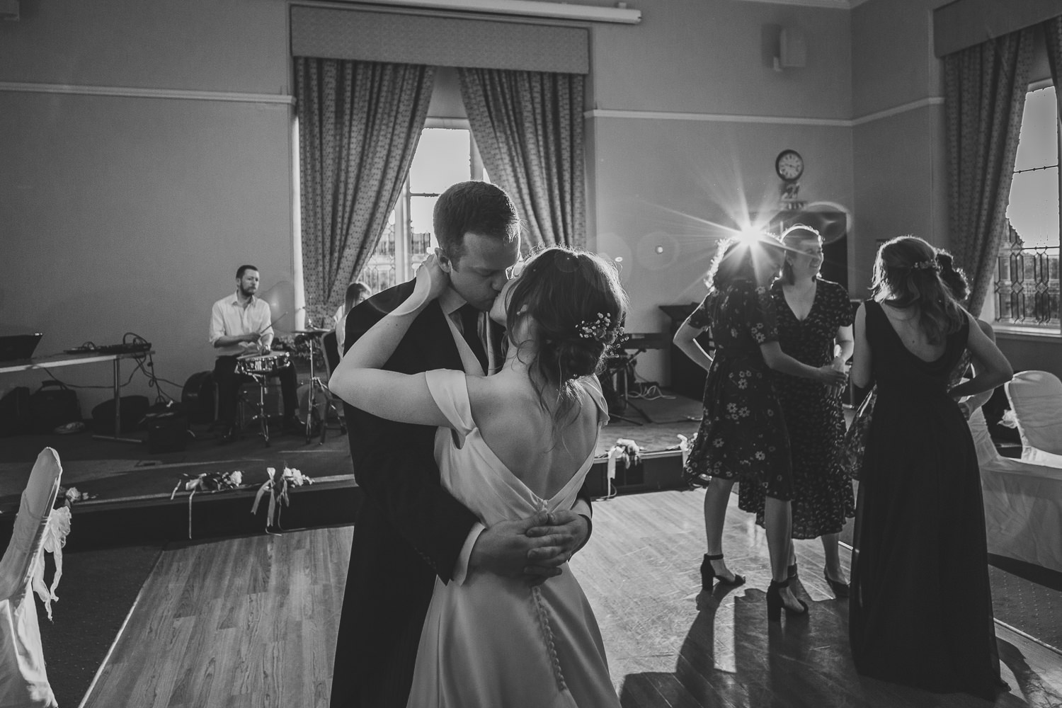 St Andrews Wedding St Salvators Hall Bride Groom First Dance
