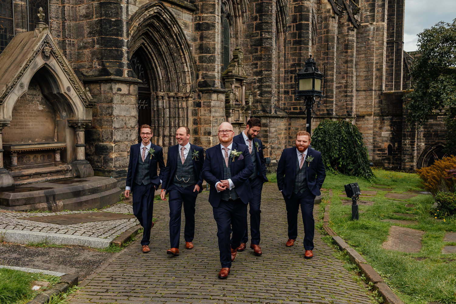 Glasgow Cathedral wedding groom groomsmen outside