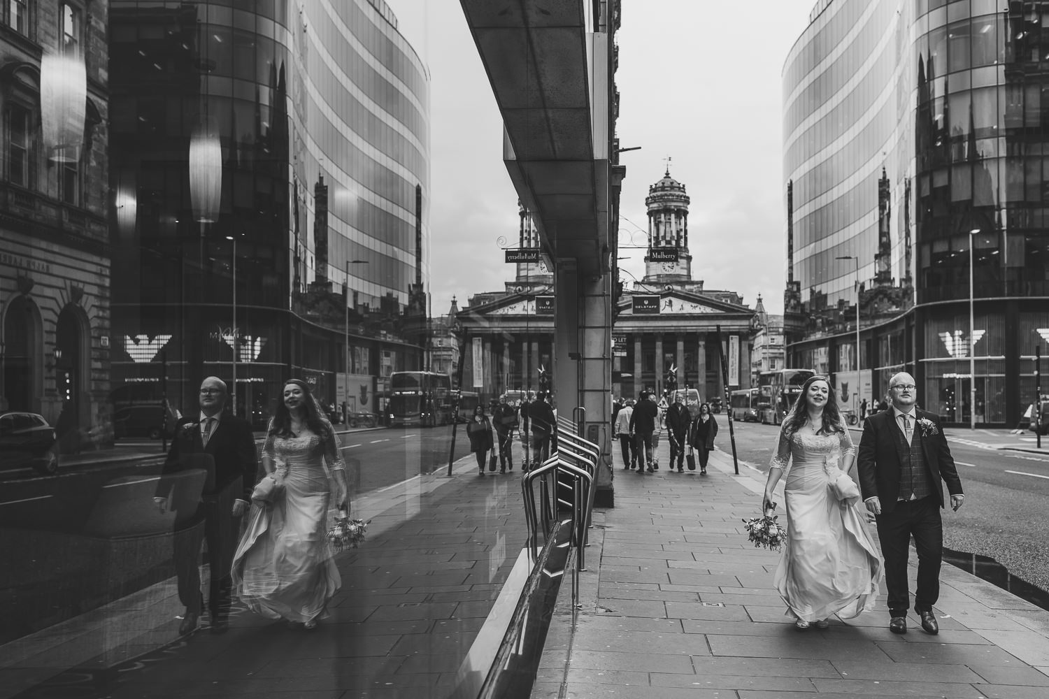 bride groom glasgow city centre wedding portraits photos