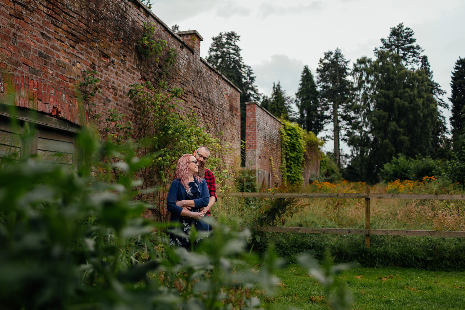 Perth Scone palace couples shoot in walled garden